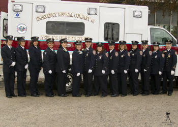 how to become a volunteer ambulance officer
